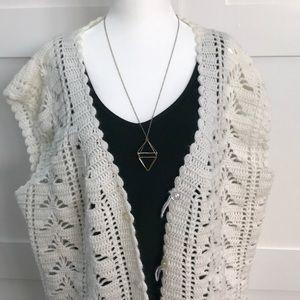 VINTAGE boho hand-knit cardigan/vest